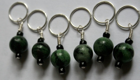 green stitch markers