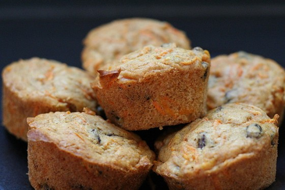 Vegan Carrot-Raisin Muffins
