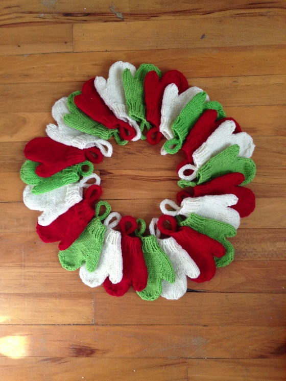 Smitten Advent Garland
