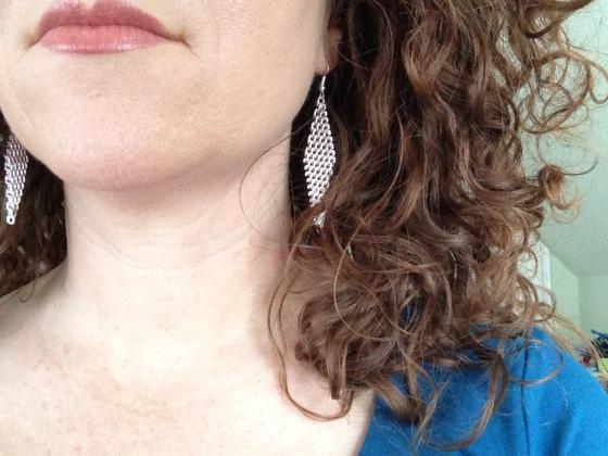 mesh triangle earrings