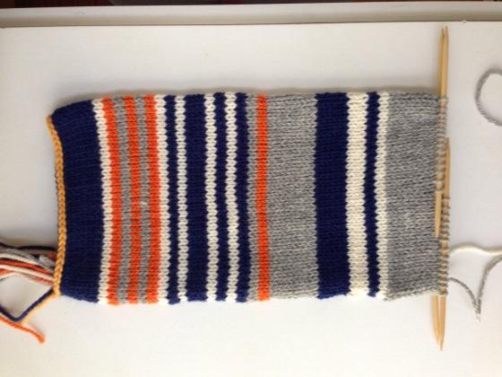 blue/grey=win, white/orange=loss