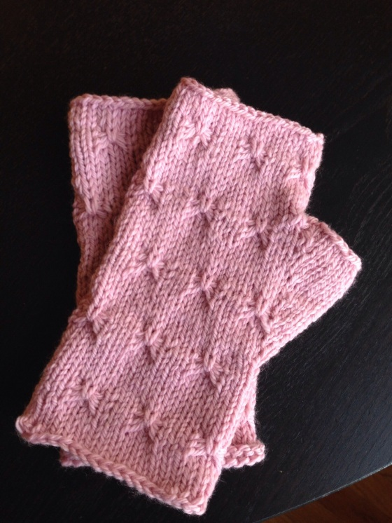 Shortened mitts