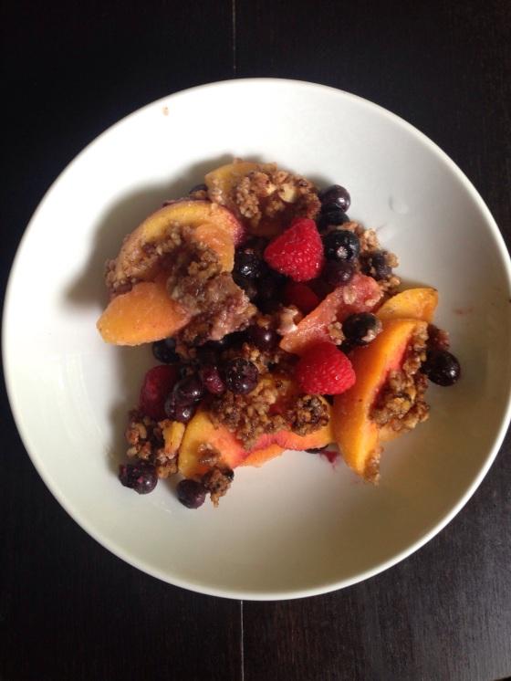 Paleo Peach-Berry Crisp